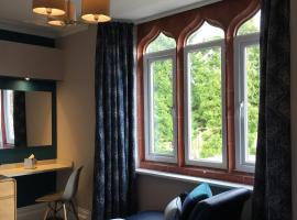 Hotel Photo: The Hideaway At Windermere (Adults only)
