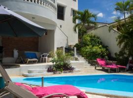 A picture of the hotel: Chambres d´hotes La Romana