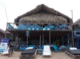 Hostal de Playa La Gozadera Playa Blanca Colombia