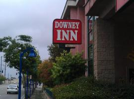 Hotel Photo: Downey Inn Luxury Suites
