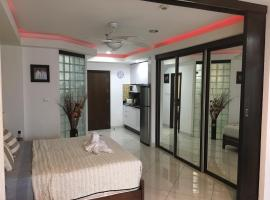 Beach Road Luxury Studio Pattaya Central Thailand