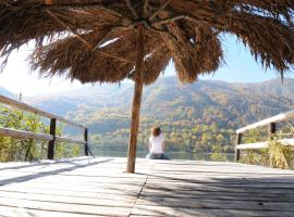 Hotel Photo: Herzegovina Lodges Boracko Jezero