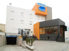 Hotel near Puente de Vallecas: Hostal Welcome
