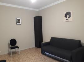 48 airport budget rooms Pisa Italy