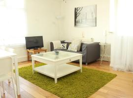 A picture of the hotel: Sendall Apartment