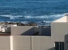 Hotel photo: Hermanus Beach Club Unit 118