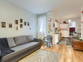 Hip Two Bedroom in Dundas West,