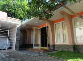 Omah Begalon Holiday Home Solo Indonesia