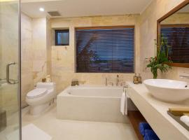Hotel Photo: Cam Ranh Riviera Beach Resort & Spa