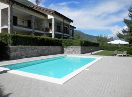 Hotel Photo: Casa Lella with heated pool and garden