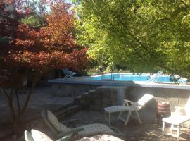 Hotel Photo: Nel Verde Holiday Home
