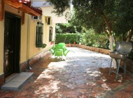 Hotel Photo: Olive Tree Apartment