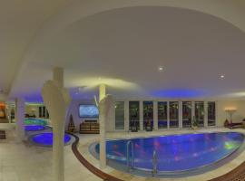 A picture of the hotel: SUITES & SPA