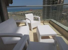 Hotel Photo: Luxury apartment on the sea