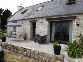 Hotel Photo: Holiday home Route de Plonivel