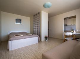 Hotel Photo: Romantic sea apartment