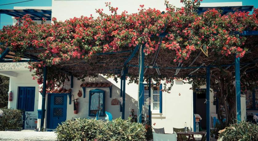 Best time to travel Andros Dora's Studios & Apartments