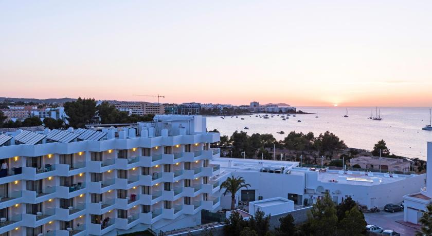 Best time to travel Ibiza THB Naeco Ibiza - Adults Only