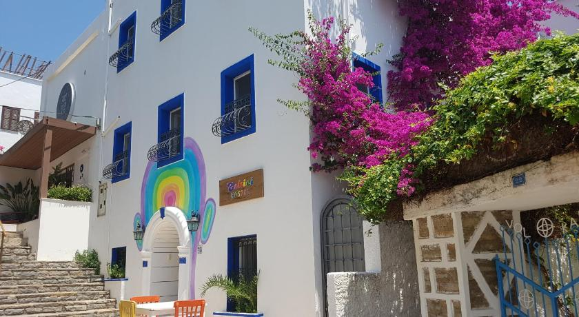 Best time to travel Turkey Eskici Hostel Bodrum