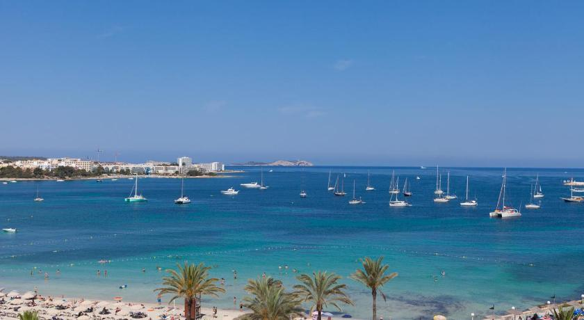 Best time to travel Formentera Bellamar Hotel Beach & Spa