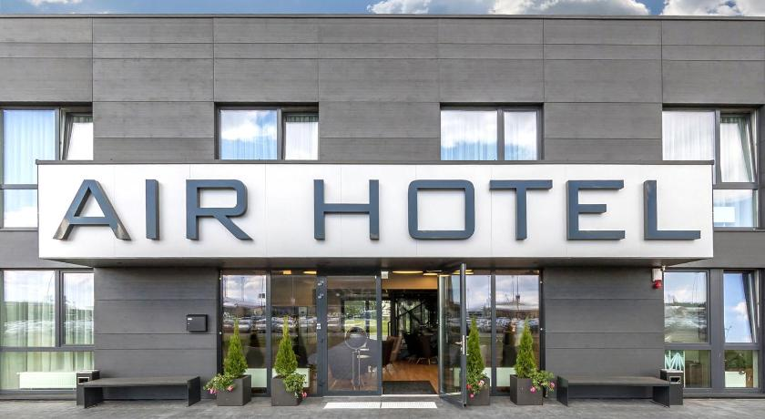 Best time to travel Kaunas Air Hotel