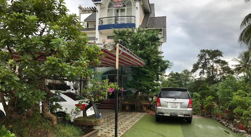 Best time to travel Buon Ma Thuot Century Guesthouse
