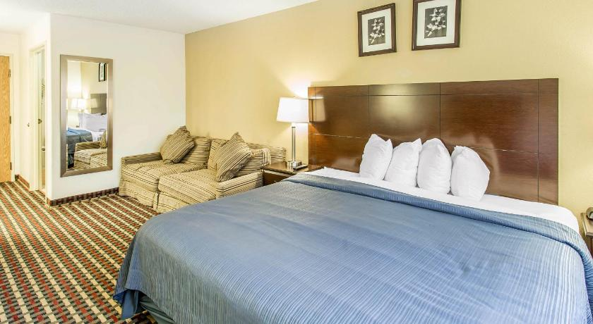 Best time to travel Denver Quality Inn & Suites Lakewood