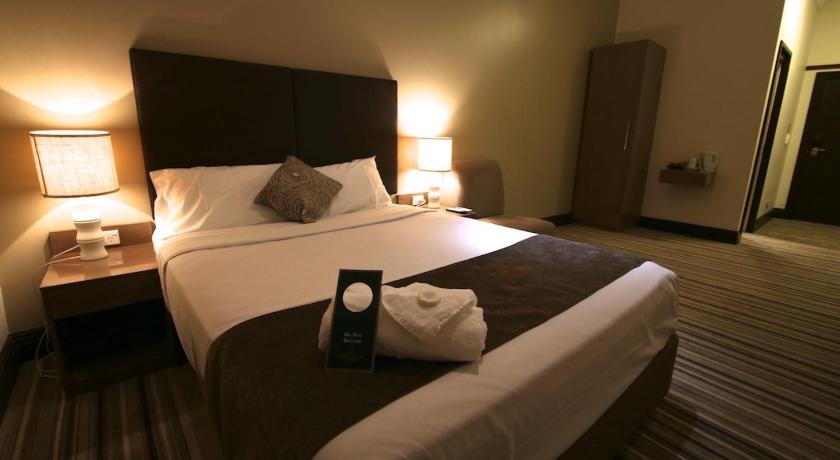 Best time to travel Australia Southern Cross Hotel