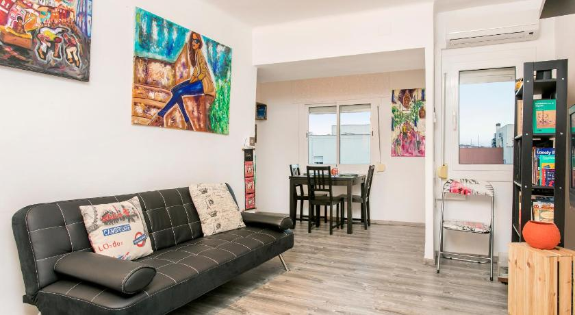 Best time to travel L'Hospitalet de Llobregat Apartamento BaBa