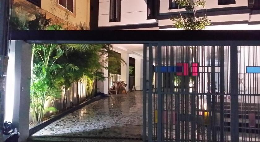Best time to travel Phnom Penh Malis the Residence