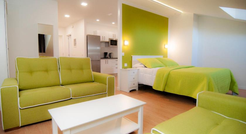 Best time to travel Spain Los Rodeos Apartments