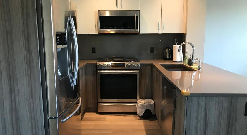 Best time to travel Vancouver Richmond 3Beds Townhouse
