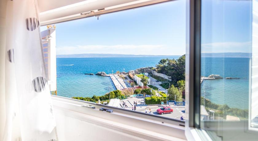 Best time to travel Croatia Apartment Bellevue
