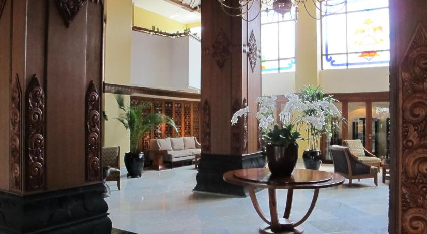 Best Time To Travel Indonesia Hotel Mutiara Malioboro Yogyakarta