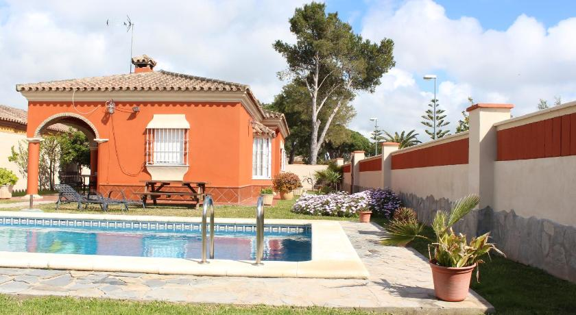 Best time to travel Spain Chalet Marisma