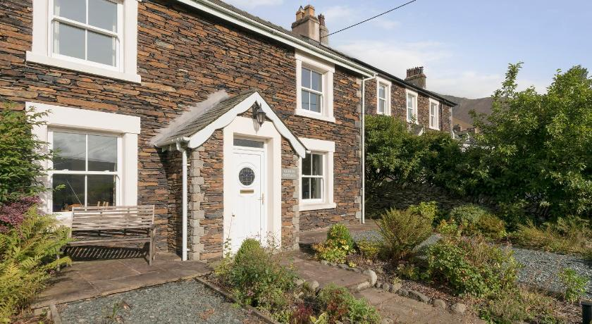 Best time to travel United Kingdom Guards Cottage