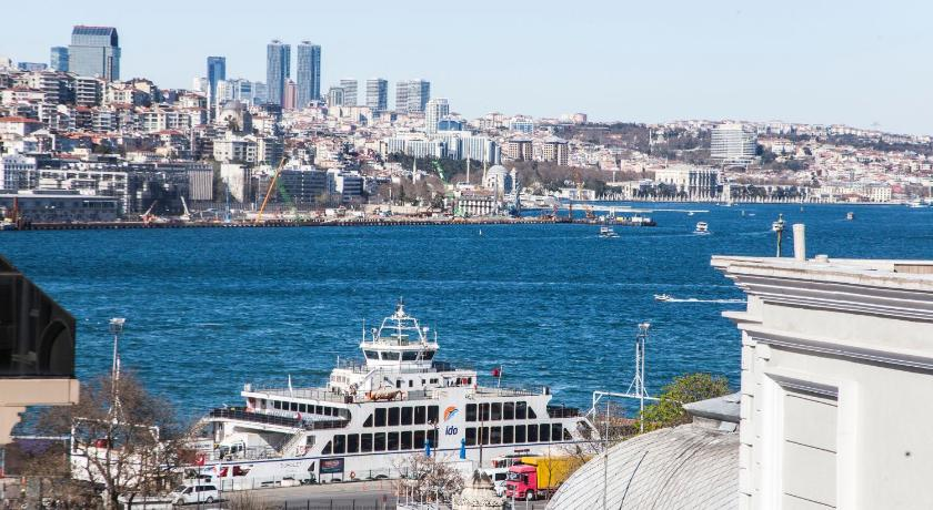 Best time to travel Turkey Old Port Hotel