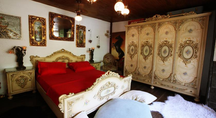 Best time to travel Antakya Antique Celtik House