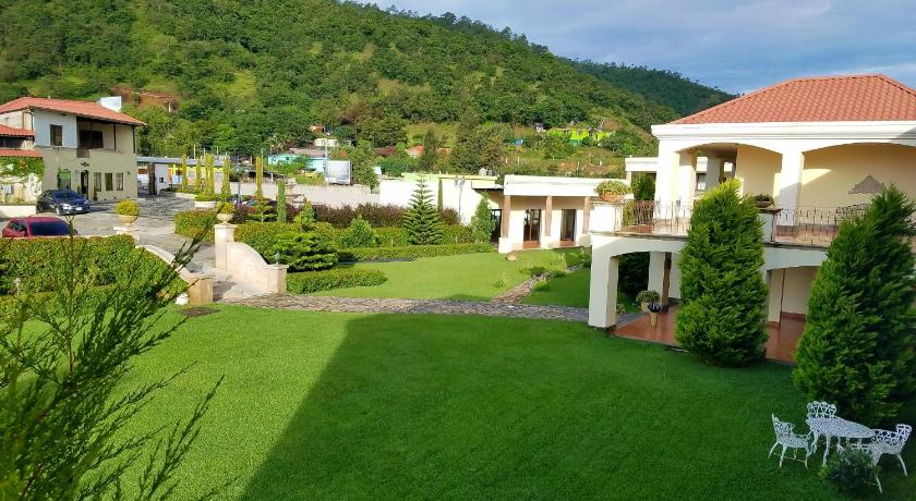 Best time to travel Huehuetenango Fuente Real Hotel
