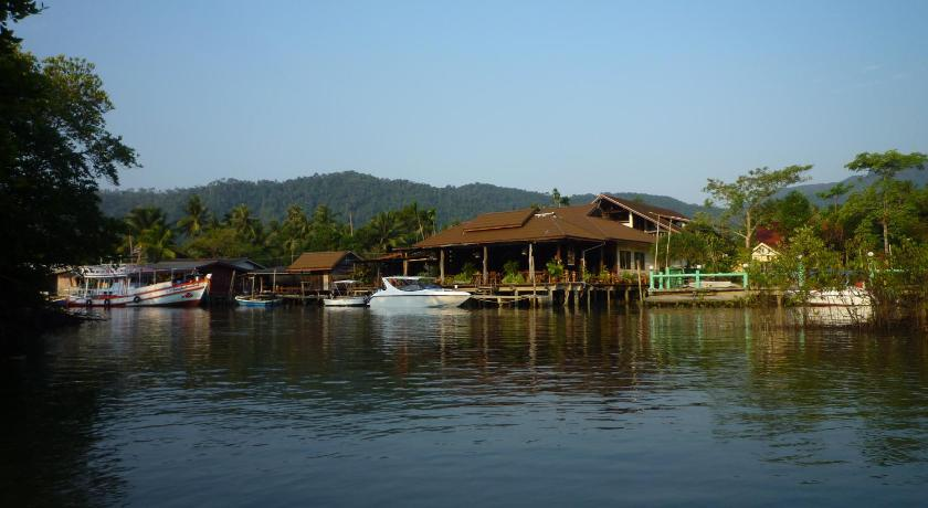 Best time to travel Thailand The Mangrove Hideaway Kohchang