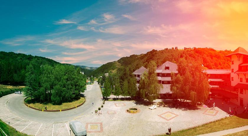 Best time to travel Serbia Hotel Junior
