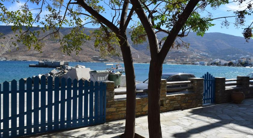 Best time to travel Greece CLIO'S BEACH HOUSE - DELUXE BEACH FRONT PROPERTY