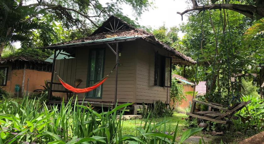Best time to travel Pai Bannamhoo Bungalows