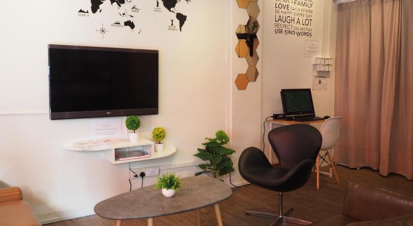 Best time to travel Singapore Pillow Talk Hostel