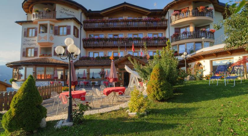 Best Price on Blumen Hotel Bel Soggiorno in Malosco + Reviews!