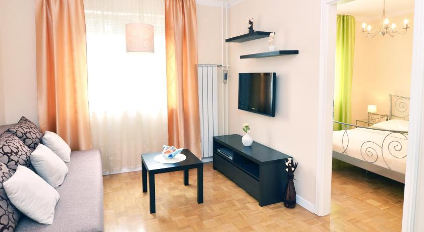 Best time to travel Čakovec Apartments Flores