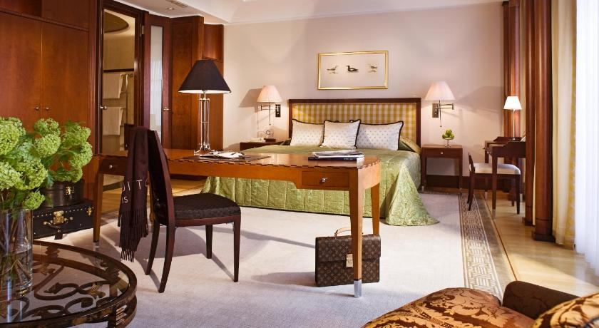 hotel adlon prague: