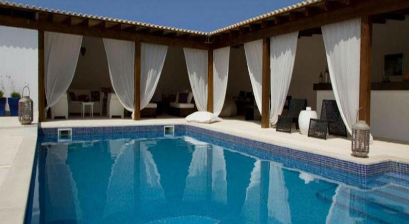 Best time to travel Portugal Vilacampina Guesthouse