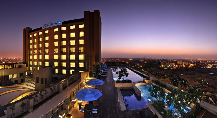 Best time to travel India Radisson Blu Hotel New Delhi Paschim Vihar