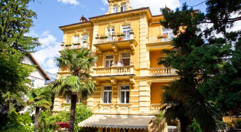 Best Price On Hotel Westend In Meran Reviews